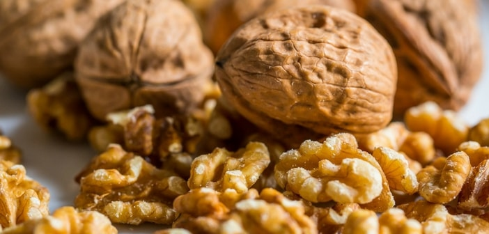Can I Eat Walnuts During Pregnancy? | GoMama247
